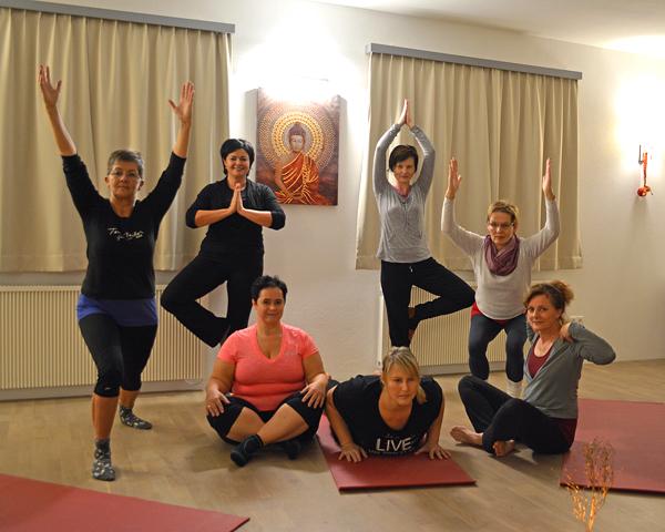 Yogakurs im Yogazentrum
